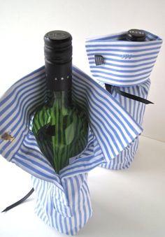 Fles in kado verpakking: knip van een overhemd een mouw en sluit de boord met een manchet.