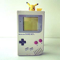 Mi GameBoy _______________________________________ #Pokemon #pikachu #amiibo #nintendo #nintendoregram #nintendomag #nintendoamerica #nintendojc #igersnintendo #nintendolife #videogames #explore #games #gamergirl by nintendojc