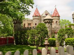 The Bettendorf Castle- Beautiful Outdoors | Bettendorf Castle