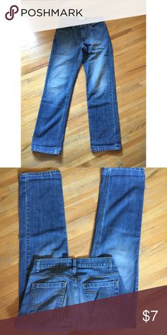 DKNY Men's Jeans 30x32 ✨ DKNY Men's Jeans. Great condition size 30x32. $7 DKNY Jeans