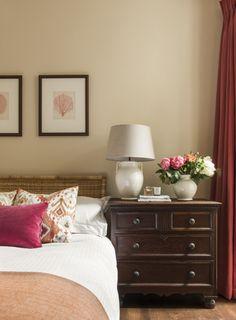 Ideas bedroom design warm colors farrow ball for 2019 Bohemian Bedroom Design, Bedroom Bed Design, Master Bedroom, Bedroom Table, Guest Bedroom Decor, Room Color Schemes, Room Colors, Pale Yellow Bedrooms, Cool Bedside Tables