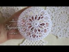 Crochet Christmas Decorations, Crochet Christmas Trees, Christmas Tree Baubles, Holiday Crochet, Crochet Stone, Crochet Ball, Thread Crochet, Diy Storage Projects, Diy And Crafts