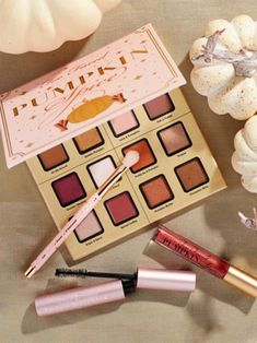 Too Faced's Sold-Out Pumpkin Spice Makeup Collection Was JUST Restocked - Too Faced launches Pumpkin Spice makeup collection on HSN Best Picture For gray Nail For Your Tas - Eye Makeup Brushes, How To Clean Makeup Brushes, Makeup Geek, Makeup Remover, Bath Body Works, Fancy Makeup, Cute Makeup, Makeup List, Makeup Guide