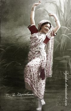 Tamara Karsavina in ballet 'Talisman' (choreography by Marius Petipa, music by Riccardo Drigo). Coloured by me.