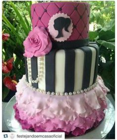 Barbie cake cupcakes Cakes Pinterest Cake Barbie party and