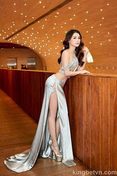Estilo Fashion, Asian Fashion, Ideias Fashion, Girl Fashion, Pretty Asian Girl, Cute Asian Girls, Beautiful Asian Girls, Women With Beautiful Legs, Beautiful Girl Image