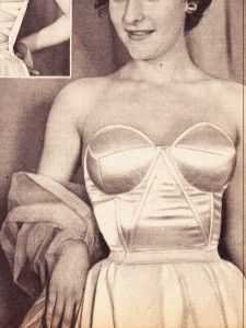 Heres a 1950s Bustier pattern…../ free download/ http://fabulousfrenchvintagepattern.com/wp-content/uploads/2011/09/BUSTIER-PATTERN.pdf