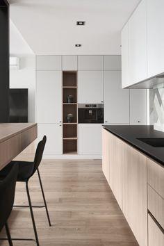 View the full picture gallery of Private Interior Project Ozo Str. Grey Kitchen Interior, Grey Kitchen Designs, Kitchen Room Design, Kitchen Cabinet Design, Modern Kitchen Design, Kitchen Decor, Luxury Homes Interior, Home Interior, Cuisines Design