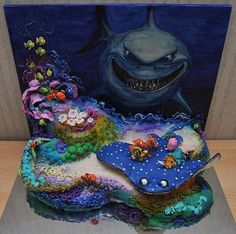 Finding Nemo Cake I never thought of doing a painted backdrop for a cake but this looks awesome! Crazy Cakes, Fancy Cakes, Cute Cakes, Pretty Cakes, Cake Disney, Disney Themed Cakes, Finding Nemo Cake, Sea Cakes, Character Cakes