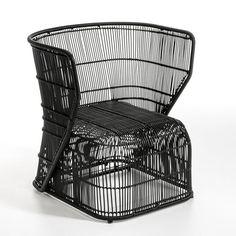 Fauteuil Amras AM.PM : prix, avis & notation, livraison. Un design contemporain.Il s'utilise à l'intérieur comme à l'extérieur. Structure et tressage en zinc galvanisé recouvert de plastique noir. Dimensions : L.64 x P.61 x H.71 cm. Hauteur d'assise : 35 cm.