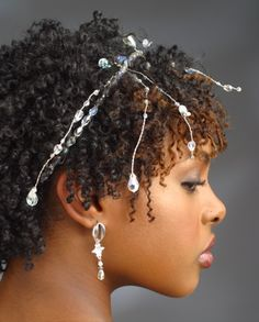 "On BGLH: ""7 Advantages of Fine Natural Hair""  (... I think these are false if you have hair past BSL!)"