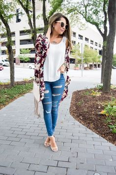 Falling for Floral Kimono #JessLeaBoutique #JessLeaBlogger
