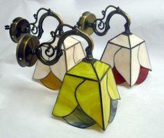 מנורות קיר ויטראז על זרוע בשלושה צבעים lighting-solution wall-fittings by orly beecham fantaziaglass