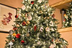 Best Merry Christmas wishes Happy Christmas 2020 messages & Christmas greetings that are sufficing enough to wish all your loved ones a Merry Christmas! Best Artificial Christmas Trees, Flocked Christmas Trees, Noel Christmas, Green Christmas, Christmas Pictures, Xmas Tree, Christmas Tree Decorations, Christmas Lights, Christmas Room