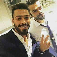 Vee and pandya selfie together Virat Kohli Instagram, Ms Dhoni Photos, Virat Kohli And Anushka, India Cricket Team, Kane Williamson, Cricket Wallpapers, Champions Trophy, Indian Star, Sports Stars