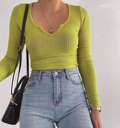 outfits skater Fashion Inspiration And Trend Outfits For Casual Look Mode Outfits, Winter Outfits, Summer Outfits, Fashion Outfits, Fashion Women, 80s Fashion, Latest Fashion, Fashion Trends, Fashion Tips