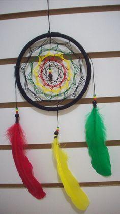 atrapasuenos-dream-catcher-rasta-artesanal-plumas-12550-MLM20062092391_032014-F.jpg (675×1200)