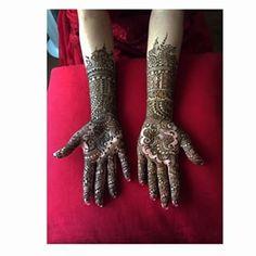 25 Astoundingly Intricate Henna Tattoos