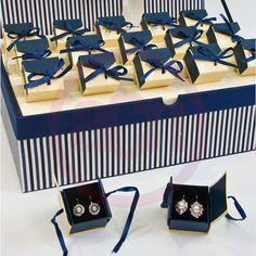 Pendientes en caja para regalar en bodas