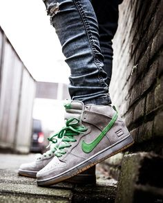 4 amazingly useful tips: Urban Fashion Style Nars Cosmetics Urban Fashion Shoes … - Mens Fansion Urban Fashion Girls, Urban Fashion Trends, Black Women Fashion, Mens Fashion, Fashion 2018, Fashion Menswear, Fashion Ideas, Cheap Sneakers, Sneakers Nike