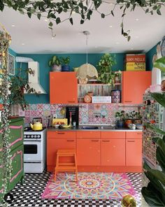 Boho kitchen decor ideas for house or apartment boheme einrichtung modern bohemian kitchen designs birthday party games add to the fun if yo. Bohemian Kitchen Decor, Bohemian Interior, Modern Bohemian, Bohemian Style, Bohemian Decor, Bohemian Design, Bohemian Homes, Hippie Kitchen, Boho Hippie