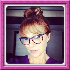 I absolutely love these @Oliver Goldsmith & Claire Goldsmith Eyewear #clairegoldsmith #specs on #drbettyrogers played by #actress Lauren Holly in Canada's hit series, #MOTIVE CTV. #eyestyled by #eyewearbyolga #ebo #styled #mycglife #lef #luxury #friends #laurenholly
