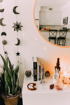 New home decored diy on a budget bedroom room makeovers ideas Budget Bedroom, Room Decor Bedroom, Diy Room Decor, Home Decor, Hipster Room Decor, Diy Bedroom, Bedroom Makeover Before And After, Hippy Room, Indie Room