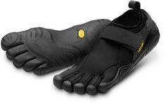 Water shoes/hiking shoes/walking shoes