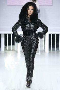 Odri down suit Nylons, Down Suit, Winter Suit, Sport Fashion, Leather Fashion, Snow Boots, Winter Fashion, Leather Pants, Feminine