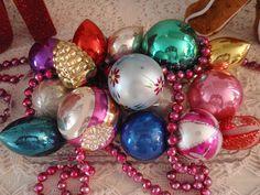 Vintage Shiny Brite ornaments. #christmas #ornaments #shinybrite #vintage #retro