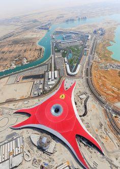 Ferrari World Abu Dhabi vista aérea