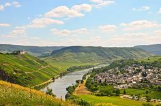Enjoy #Germany's lush #RhineValley from it's best vantage point