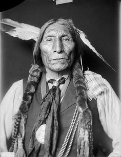 Portrait (Front) of Honii-Wotoma (Wolf Robe), Cheyenne, in Partial Native Dress with Ornaments - Gill - JUN 1909 Native American Pictures, Native American Beauty, American Indian Art, Native American Tribes, Native American History, American Indians, Indian Tribes, Native Indian, Indian Wolf