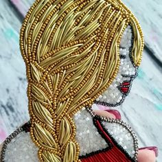 Видео моей блондиночки #iturup_jewelry #accessories #jewelry #jewelryhandmade #брошьизбисера #ручнаяработа #брошь #девушкаизбисера…