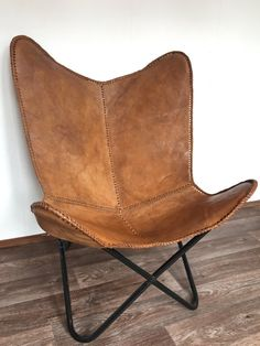 Leather Butterfly Chair / Handmade Genuine Brown Leather Chair / Vintage Look 12 Brown Leather Chairs, Cow Leather, Real Leather, Leather Butterfly Chair, Eames Rocking Chair, Cheap Office Chairs, Thick Leather, Leather Cover, How To Make Light