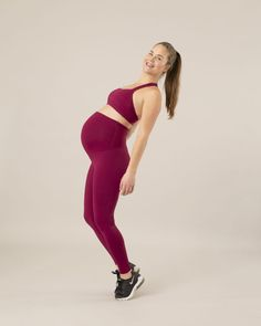 Learn more about Pregnant posture Maternity Activewear, Pretty Pregnant, Mommy Workout, Abdominal Muscles, Feel Tired, Baby Grows, Glutes, Active Wear, Pregnancy