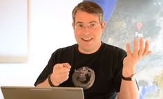 Matt Cutts on Blog Comments, Links & Spam: Use Your Name, Not Keywords
