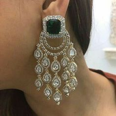 @Remalfala from @suhana_art_and_jewels - Emeralds Diamonds earrings