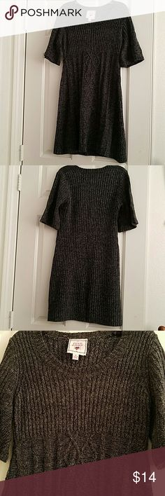 Cozy Grey Sweater Dress Cozy and cute grey sweater dress, super soft and warm. Worn only once, length is just above knee Pink Republic  Dresses