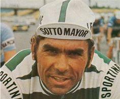 Joaquim Agostinho O melhor ciclista português de todos os tempos, venceu por três vezes a Volta a Portugal (70,71 e 72) e por duas vezes foi terceiro no Tour (78 e 79).