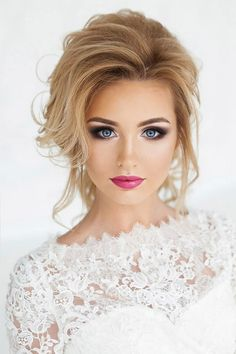Magnificent Wedding Makeup Looks for Your Big Day Wedding Day Makeup / Bridal makeup beauty wedding Makeup Looks Blue Eyes, Wedding Makeup For Blue Eyes, Wedding Makeup Tips, Natural Wedding Makeup, Wedding Makeup Looks, Wedding Beauty, Bridesmaid Makeup Blue Eyes, Natural Makeup, Wedding Day Nails