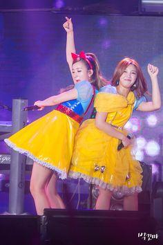 APink BoMi and EunJi