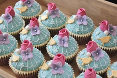 Birdcage Wedding - Cupcake