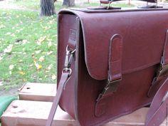 Leather bags, cases, briefcases Мужской портфель. Натуральная кожа - бордовый, однотонный, натуральная кожа, Кожаная сумка