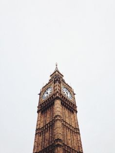 Big Ben clock tower in London, England (the United Kingdom) Oh The Places You'll Go, Places To Travel, Travel Destinations, Wonders Of The World, In This World, Magic Places, Voyage Europe, Adventure Is Out There, Narnia