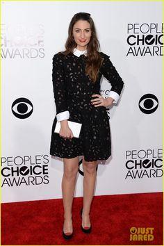 Sara Bareilles - People's Choice Awards 2014 Red Carpet | sara bareilles peoples choice awards 2014 red carpet 03 - Photo