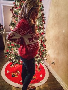 5 Ways to Wear Red for Christmas Eve — Adrianna Bohrer Maternity Fashion Dresses, Winter Maternity Outfits, Casual Maternity, Pregnancy Outfits, Maternity Wear, Christmas Pregnancy Photos, Christmas Maternity, Second Pregnancy, Baby Belly