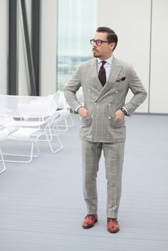 double-breasted-windownpane-suit-with-spread-collar-shirt
