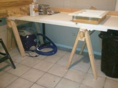 Portable Work Bench | Jays Custom Creations. Also good storage idea for squares, clamps etc.