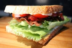 BLT szendvics Wok, Hamburger, Bacon, Sandwiches, Food And Drink, Pizza, Drinks, Cooking, Breakfast